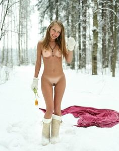 nude snow babes